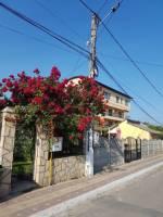 <b>Vila Carina</b> Tel: 0752 197462