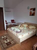 <b>Vila Stely</b> Tel: 0766718006